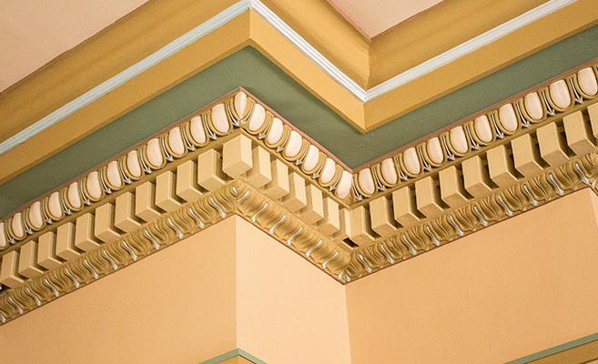 Ceiling design using crown molding